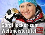 ÖSV-Star Elisabeth Görgl mit der Ski-WM-Goldmedaille
