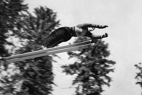 österreichischer Skispringer Josef Bradl bei den Meisterschaften in Oberhof 1939