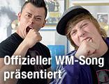 Das Duo Trackshittaz Lukas Plöchl und Manuel Hoffelner
