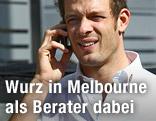 Alexander Wurz telefoniert