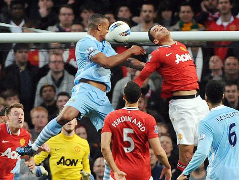 Vincent Kompany (Manchester City) bei seinem Treffer gegen Manchester United