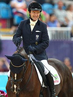 Peppo Puch auf seinem Pferd Fine Feeling