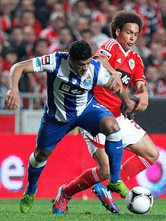 "Axel Witsel (Benefica) und Givanildo ""Hulk"" Souza (Porto)"
