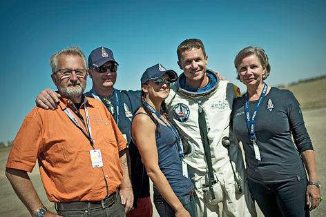 Felix Baumgartner posiert mit seiner Familie