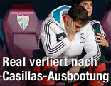 Torhüter Iker Casillas (Real Madrid) auf der Ersatzbank