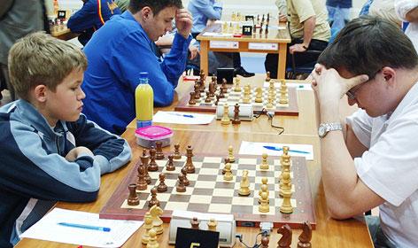 Magnus Carlsen gegen Alexei Fedorov in 2004.