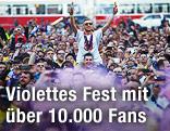 Austria-Fans auf dem Wiener Rathausplatz