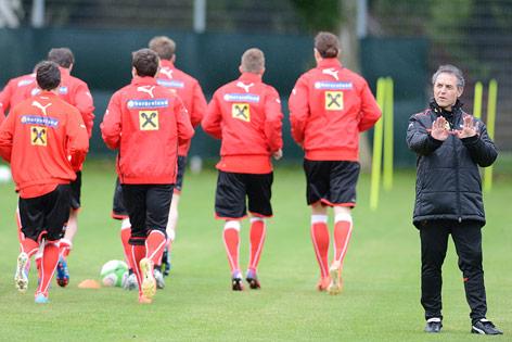 Teamchef marcel koller während des trainings