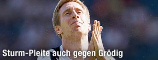 Fassungloser Sturm-Spieler Robert Beric