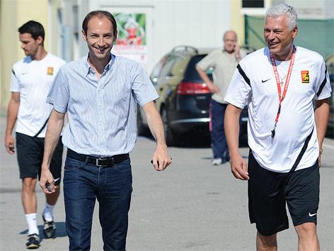 Admiras General Manager Alexander Friedl und Trainer Toni Polster