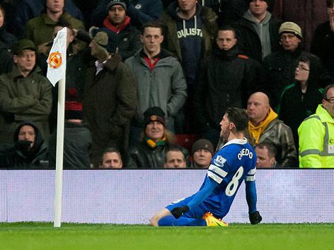 Jubel von Bryan Oviedo (Everton)