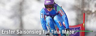 Sprung von Tina Maze in Cortina
