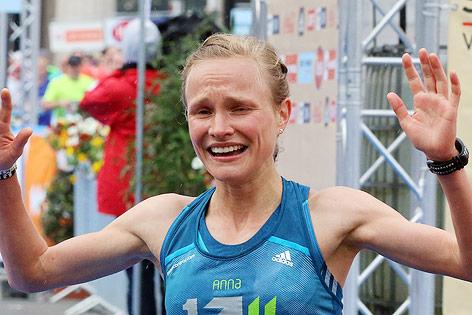 Anna Hahner beim Zieleinlauf