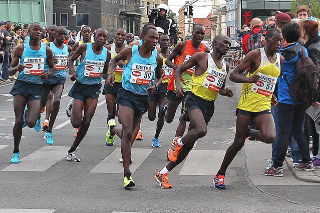 Spitzenfeld des Wien Marathons