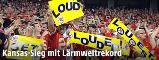Fans der Kansas City Chiefs schreien lautstark