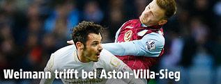 Adam Smith (Bournemouth) und Andreas Weimann (Aston Villa)