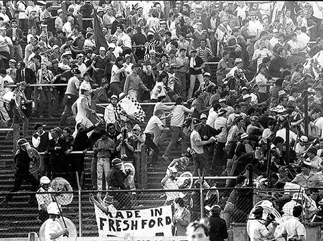 Schlägerei zwischen Fangruppen im ehemaligen Heysel Stadion