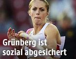 Kira Grünberg beim Stabhochsprung