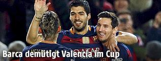 Neymar, Luis Suarez und Lionel Messi jubeln
