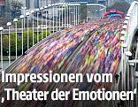 Langzeitbelichtung des Teilnehmerfelds auf der Wiener Reichsbrücke