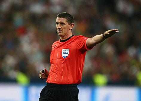 Schiedsrichter Craig Thomson