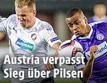 Spielszene aus der Partie Austria - Pilsen