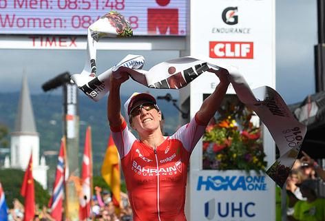 Daniela Ryf jubelt über seinen Sieg beim Ironman in Hawaii