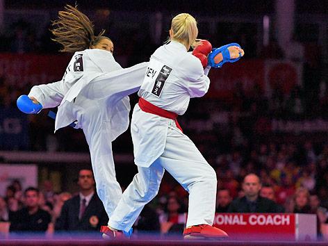 Alisa Buchinger im Finalkampf gegen Katrine Pedersen