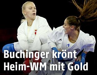 Alisa Buchinger im Kampf gegen die Dänin Katrine Pedersen