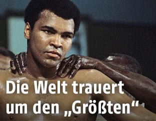 Muhammad Ali vor seinem Kampf gegen den Briten Richard Dunn im Mai 1976 in der Olympiahalle München