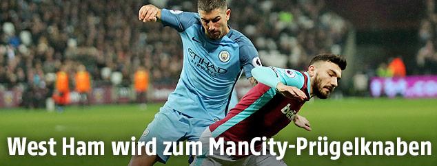 Robert Snodgrass (West Ham) und Aleksandar Kolarov (Manchester City)