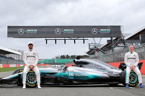 Lewis Hamilton (GBR/ Mercedes) und Valtteri Bottas (FIN/ Mercedes)