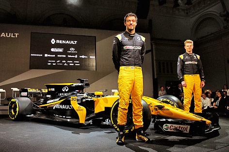 Jolyon Palmer (GBR/ Renault) und Nico Hulkenberg (GER/ Renault)