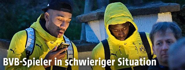Spieler von Borussia Dortmund nach dem Anschlag