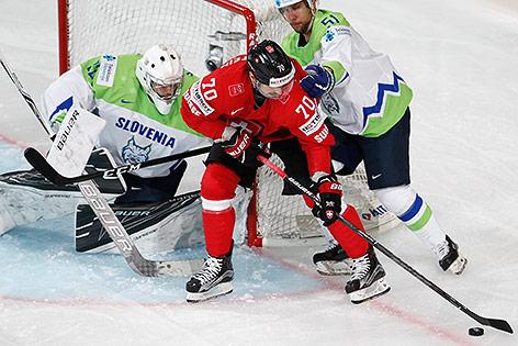 Gasper Kroselj (SLO), Mitja Robar (SLO) und Denis Hollenstein