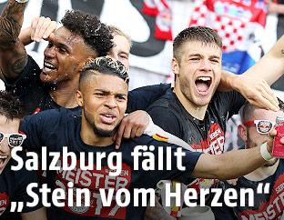 Salzburg Spieler feiern