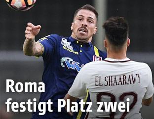 Fabrizio Cacciatore (Chievo) gegen AS Romas Stephan El Shaarawy