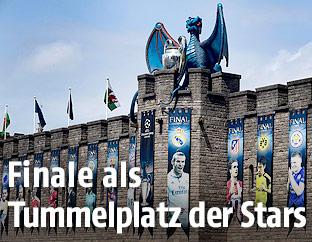 Champions League Banner auf dem Cardiff Castle