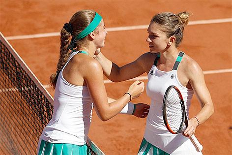Jelena Ostapenko und Simona Halep