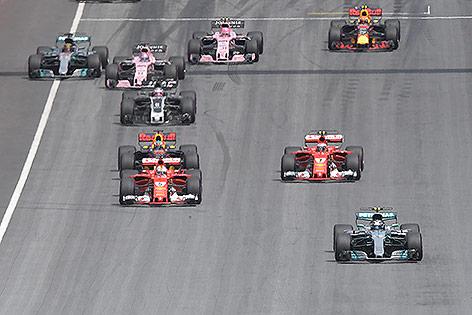 Formel 1: Hamilton holt zu Gegenschlag aus