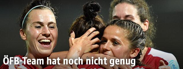 Jubel der ÖFB-Spielerinnen