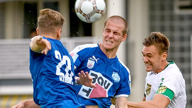 Mario Ebenhofer, Stefan Hager (Wr.Neustadt) und Christoph Kobleder (A.Lustenau)