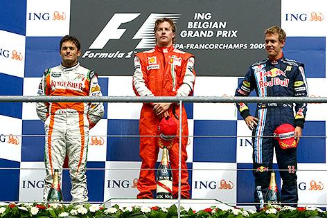 Giancarlo Fisichella (ITA/ Force India), Kimi Raikkoenen (FIN/ Ferrari) und Sebastian Vettel (GER/Red Bull)