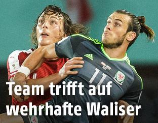 Julian Baumgartlinger und Gareth Bale