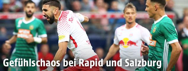 Szene aus dem Match Rapid gegen Salzburg
