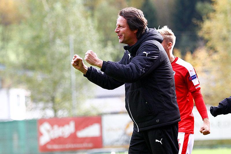 Jubel von ÖFB-U19-Teamchef Peter Schöttel