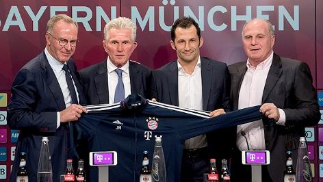 Bayern-Vorstandschef Karl-Heinz Rummenigge, der neue Trainer Jupp Heynckes, Sportdirektor Hasan Salihamidzic und Präsident Uli Hoeneß