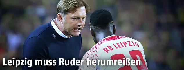 Leipzig-Coach Ralph Hasenhüttl und Jean-Kevin Augustin