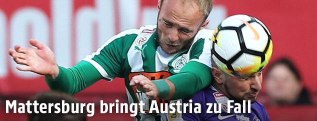 Lukas Rath (Mattersburg) und Petar Gluhakovic (A.Wien)