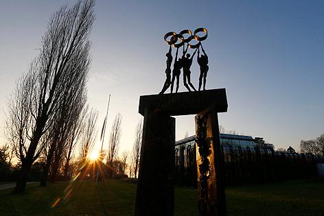 Statue vor dem IOC Hauptquartier